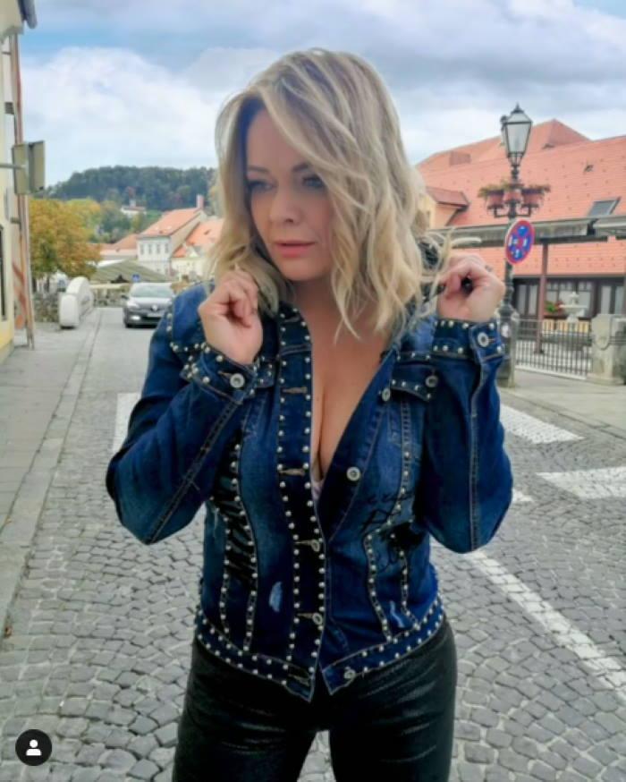 FOTO: Renata Končić Minea pokazala duboki dekolte i raspametila fanove